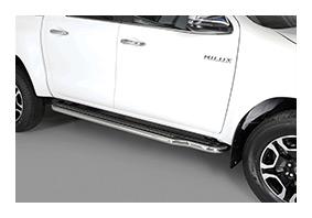 Trittbretter TOYOTA Hilux DoubleCab Facelift ab MJ 2021 - Zubehör